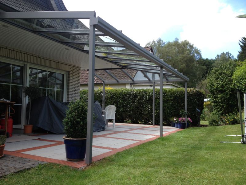 Aluminium - Glas - Terrassendach in L-Form
